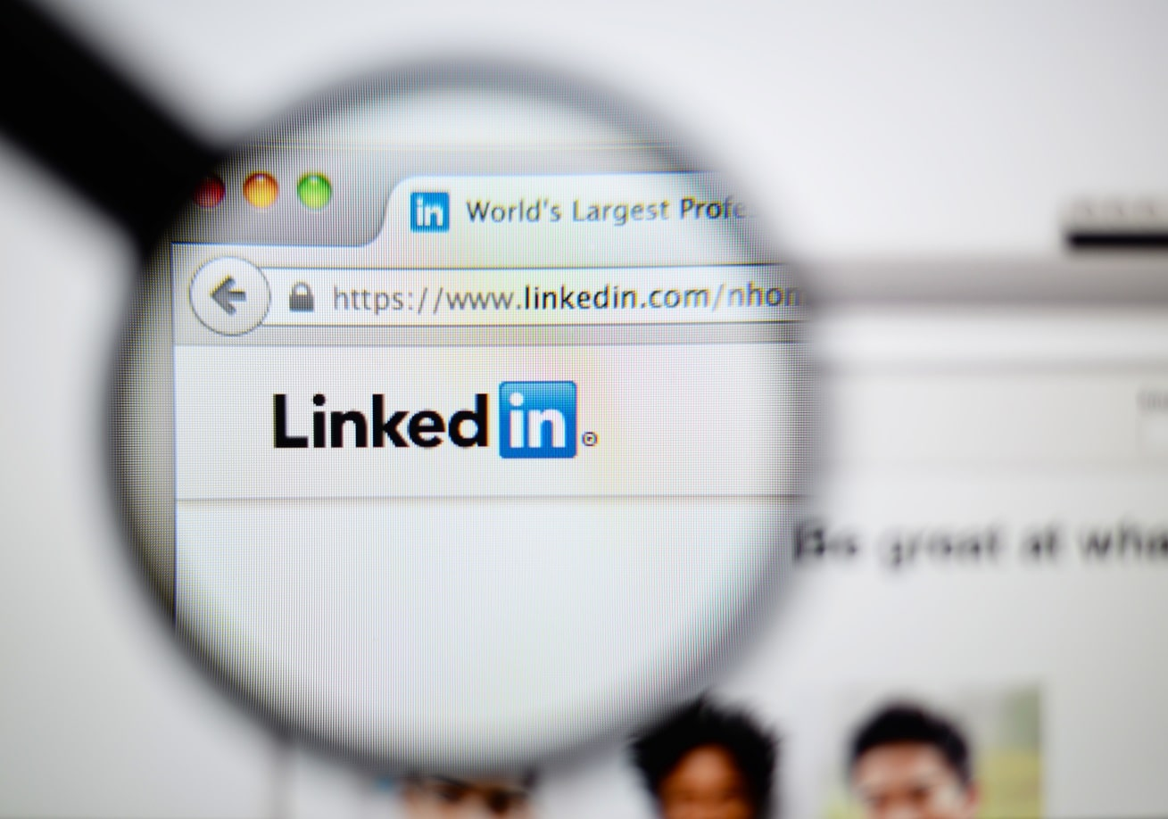 Pros & Cons Of LinkedIn Marketing 2019